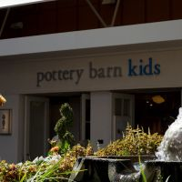 Stanford Shopping Mall - Pottery Barn Kids, Менло-Парк