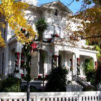 Mchenry Mansion, Модесто