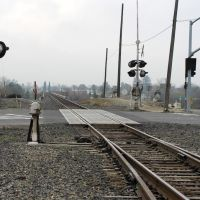 The main line of the Union Pacific tracks heading out of Modesto paralleling Hwy 99, 12/2012, Модесто