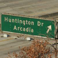 Huntington Dr. Exit of 210, Монровиа