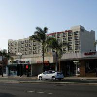 Lincoln Plaza Hotel, L.A., CA, Монтерей