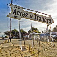 "Ontario CA, ""Carls Acres of Trailers"", Монтклейр"
