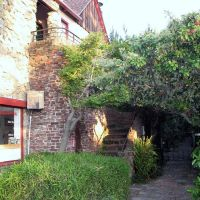Fox Court, 1472-1478 University Ave., Berkeley, CA, Олбани