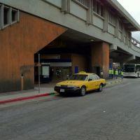 El Cerrito Plaza BART Taxi Stand, Олбани