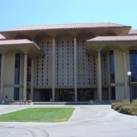 Henry Meyer Memorial Library, Stanford University, Пало-Альто