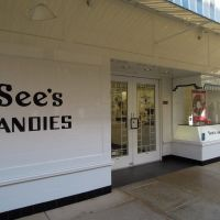 Sees CANDIES, Stanford Shopping Center, Пало-Альто