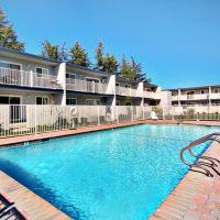 Sun Valley Apartments, Плисант-Хилл