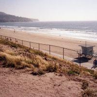 Redondo Beach - Esplanade St. - view to Palos Verdes, Редондо-Бич