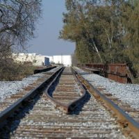 The San Joaquin Valley Railroad Co tracks head our of Reedley and cross the Kings River, 1/2013, Ридли