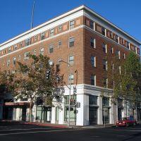 New Hotel Carquinez, 410 Harbour Way, Richmond, CA, Ричмонд