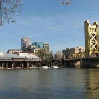 River Walk Park view of Downtown Sacramento, Сакраменто