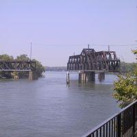 Rotating Bridge over Sacramento River, Сакраменто