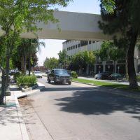 e-st. @ west court 2, Сан-Бернардино