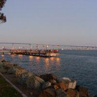 Marina Park Fishing Pier at Dusk with Coronado Bay Bridge, Сан-Диего