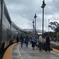 A scene of a platform of San Luis Obispo Amtrak station., Сан-Луис-Обиспо