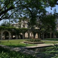 Caltech campus, Сан-Марино