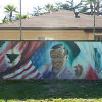 "San Fernando, CA:  A Wall With a Mission  ""Cesar Chavez"" Nuestra Historia, Nuestra Memoria, Nuestro Honor, Nuestro Respeto; Our History, our Memory, our Honor, our Respect, mural, 2011, Сан-Фернандо"