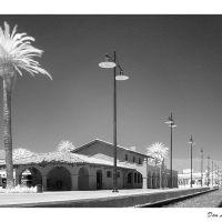 Santa Barbara Railroad Station (Infrared), CA, Санта-Барбара