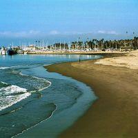 California: Santa Barbara Beach and Marina, Санта-Барбара