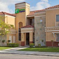 Holiday Inn Express Santa Clara- Hotel Exterior, Санта-Клара