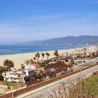 Santa Monica from the Palisades, at the California Incline, Санта-Моника