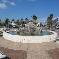 Rock Fountain, Серритос