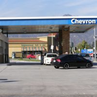 Chevron Gas Station,Temple City 2009, Темпл-Сити
