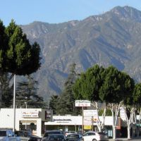 Form Baldwin Ave Arcadia see San Gabiel Mountain, Темпл-Сити