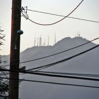 View of Mt Wilson TV Towers FromTemple City church, Темпл-Сити