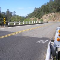 bridge on road 200 over finegold creek, Фаунтайн-Вэлли