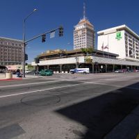 The intersection of Tulare St & Van Ness Ave, 5/2012, Фресно