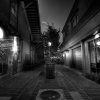 Bourbon Alley, Фуллертон