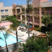 Ramada Plaza Hotel LAX, Хавторн