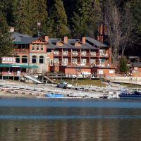 Pines Resort on a winter day, Эль-Монт