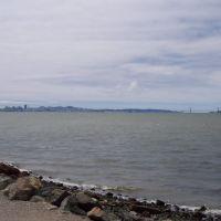 View from Point Isabel, Эль-Серрито