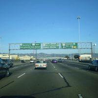 I-80 near I-580 & I-880 interchange. Use I-880 south to go to San Jose. Use I-580 east to go to I-5 towards Fresno, Los Angeles, San diego, & Tijuana, Mexico. Stay on I-80 to go to Salt Lake City UT, Chicago IL, Cleveland OH, & New York. In early 2007, pa, Эмеривилл