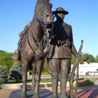 WWI Trooper stands besides his mount, Buffalo Soldier Monument, Junction City, KS, Джанкшин-Сити