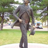 Statue of Wyatt Earp, Dodge City, Kansas, Додж-Сити