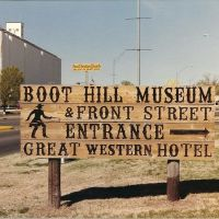 Boot Hill Sign In Dodge City, Додж-Сити