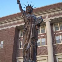 statue of liberty replica, Independence, KS, Индепенденс