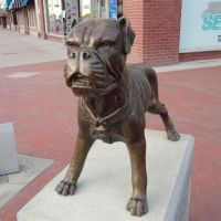 bronze bulldog,  Independence, KS, Индепенденс