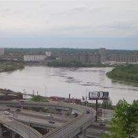 Kaw Point, Kansas City, KS 2007 May 7 - Missouri River 1 foot above flood stage, taken from Case Park, Kansas City, MO, Канзас-Сити