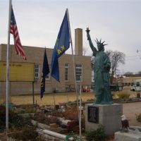 Statue of Liberty reproduction at Central States Scout Museum, Larned, KS, Ларнед