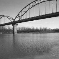 The Blue Bridge, Ливенворт