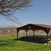 Shelter at Bob Dougherty Park, Ливенворт
