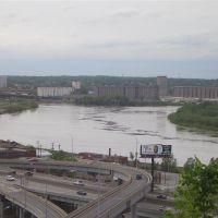 Kaw Point, Kansas City, KS 2007 May 7 - Missouri River 1 foot above flood stage, taken from Case Park, Kansas City, MO, Манхаттан