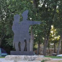 Lewis and Clark silhouette at Kaw Point, Kansas City, KS, Манхаттан