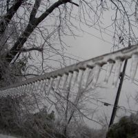 guide wire (not powered) during ice storm, Kansas City, KS, Овербрук