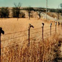 """Boot fence"" -  near Manhattan, Kansas, mar 4, 1995, Огден"