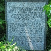 Augusta Tabor monument, Палмер